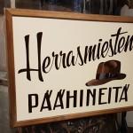 Hattukaupan mainoskyltti
